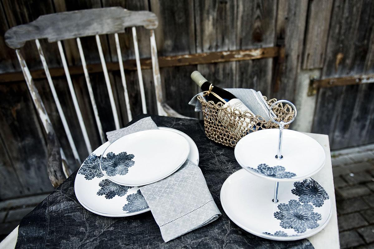 tisch und tafel geschirr zum bestellen oder selber machen zink zauber. Black Bedroom Furniture Sets. Home Design Ideas