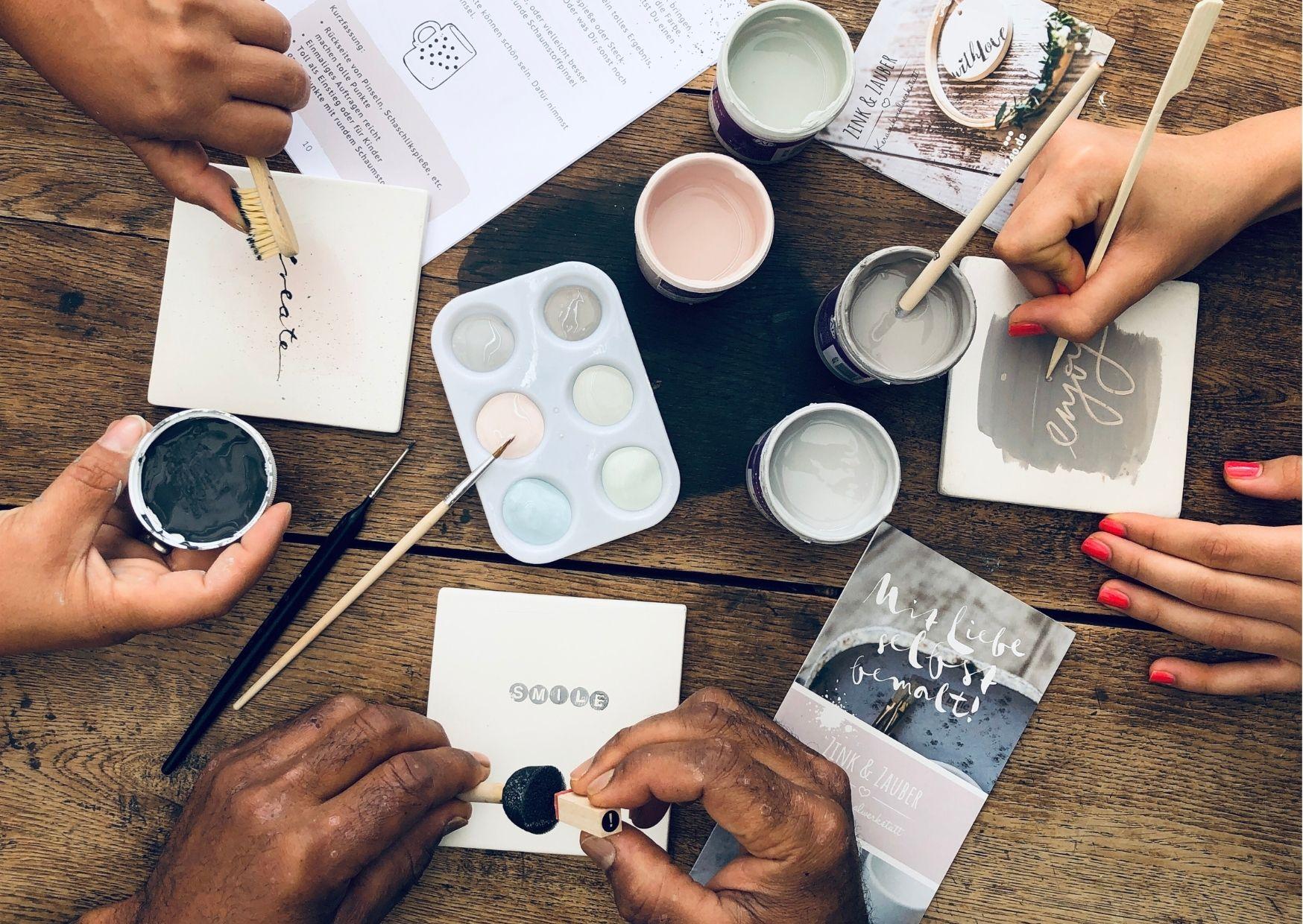 Gemeinsam zuhause Keramik bemalen mit dem Koffer2go